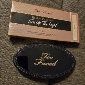 TOO FACED Turn Up the Light Highlight Palette LT